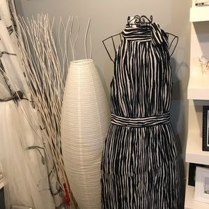 Banana Republic black and white midi dress